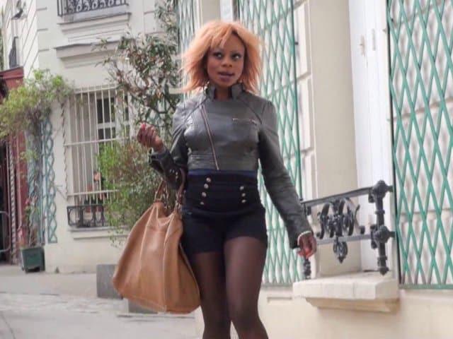 Naomie une belle black en manque de queue